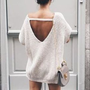 LF Sweaters - LF stores V neck choker sweater